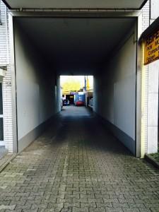 Einfahrt zum Firmengelände